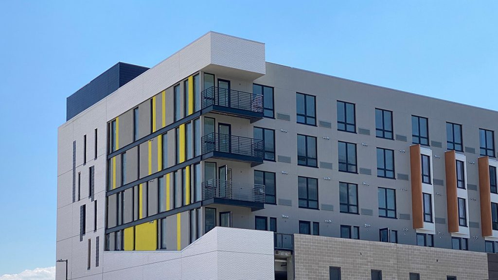 Photo of exterior of 757 Grant Apartments